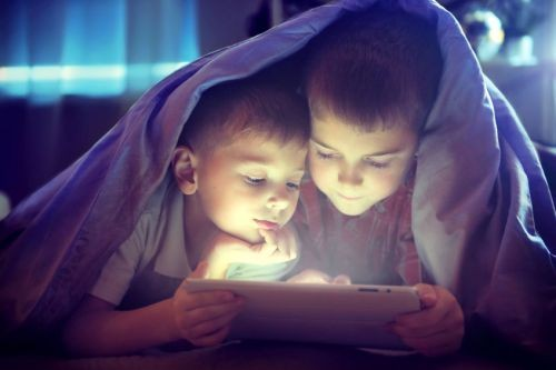 "When Is It Time To ""Unplug"" - Setting Limits On Screen Time"